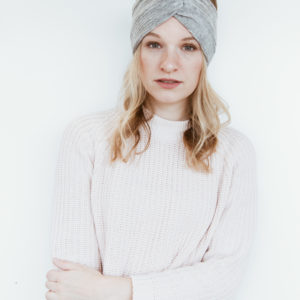 Samtcord-Hellgrau-Stirnband-Manufaktur-Nicola-Marisa-1