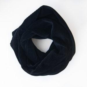 Samtcord-Schwarz-Schal-Manufaktur-Nicola-Marisa-5