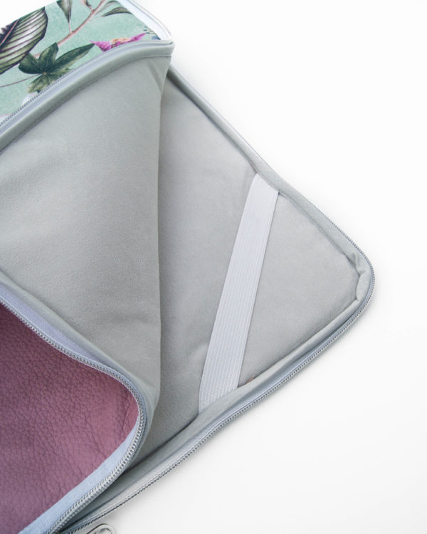 Nachhaltige-Laptophülle-Ipadhülle-Blütenstoff-Mint-Rosa-Kunstleder-Handmade-in-Germany