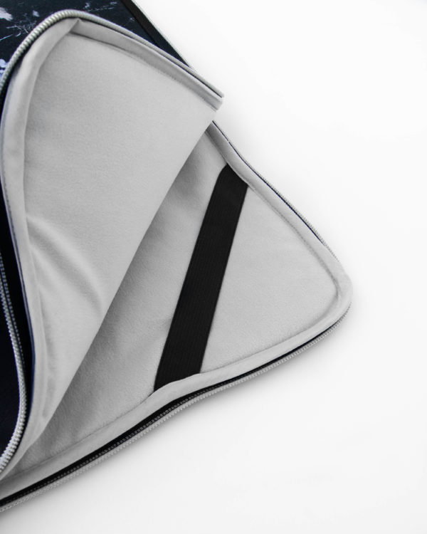 Nachhaltige-Laptophülle-Ipadhülle-Marmor-Marble-Stoff-Schwarz-Handmade-in-Germany