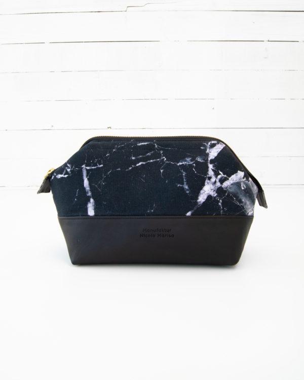 Kosmetiktasche-Kulturbeutel-Marble-Dark-Marmor-Schwarz-Slowfashion-Fairfashion-Manufaktur-Nicola-Marisa-Größe-M-2
