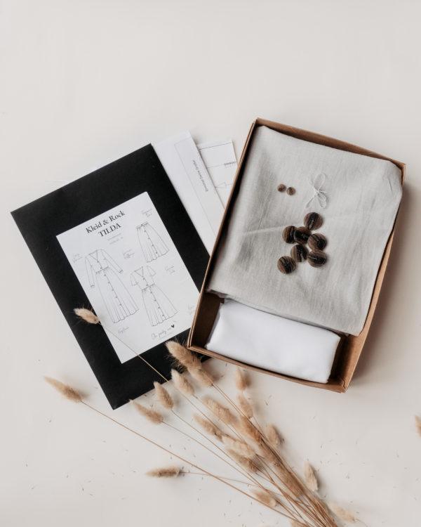 Nachhaltige Mode selber nähen mit dem Schnittmuster und E-Book unseres BOHO-Kleids und Rocks mit Knopfleiste