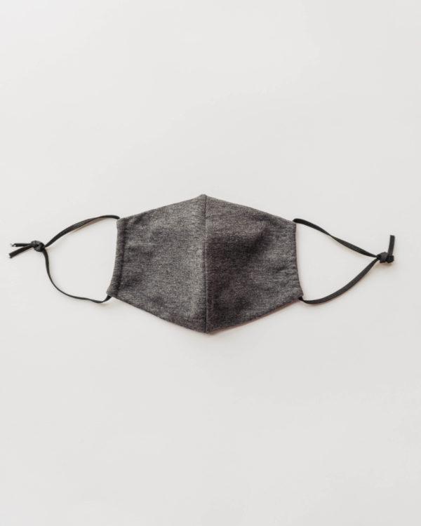 Nachhaltige Baumwollmaske in dunkelgrau für Männer, Frauen und Kinder Vorderansicht