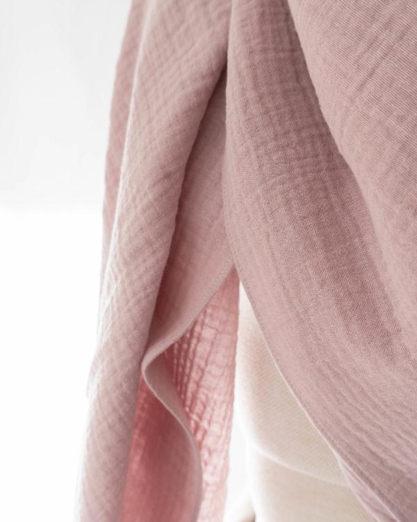 Detailansicht Musselintuch Rosa